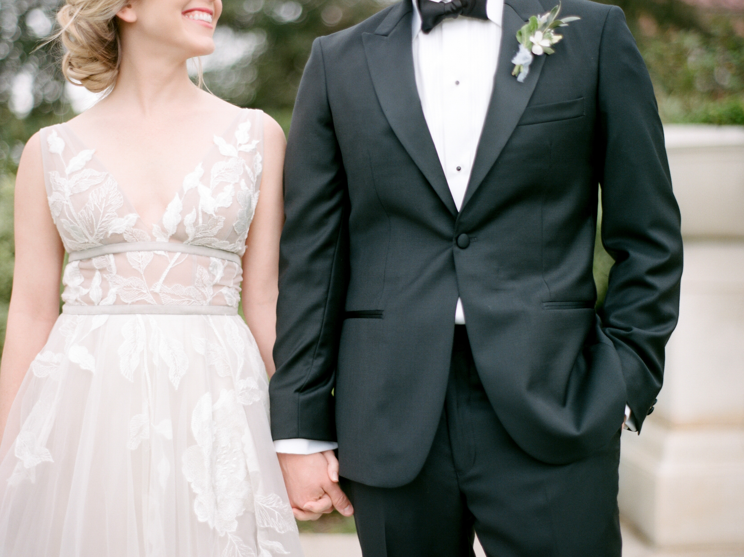 McGovern-Centennial-Gardens-Houston-Texas-Wedding-Venue-Josh-Dana-Fernandez-Photography-Film-Destination-Fine-Art-Luxury-Top-Best-Austin-Dallas-Magnolia-Rouge-Jennifer-Laura-Design-4.jpg