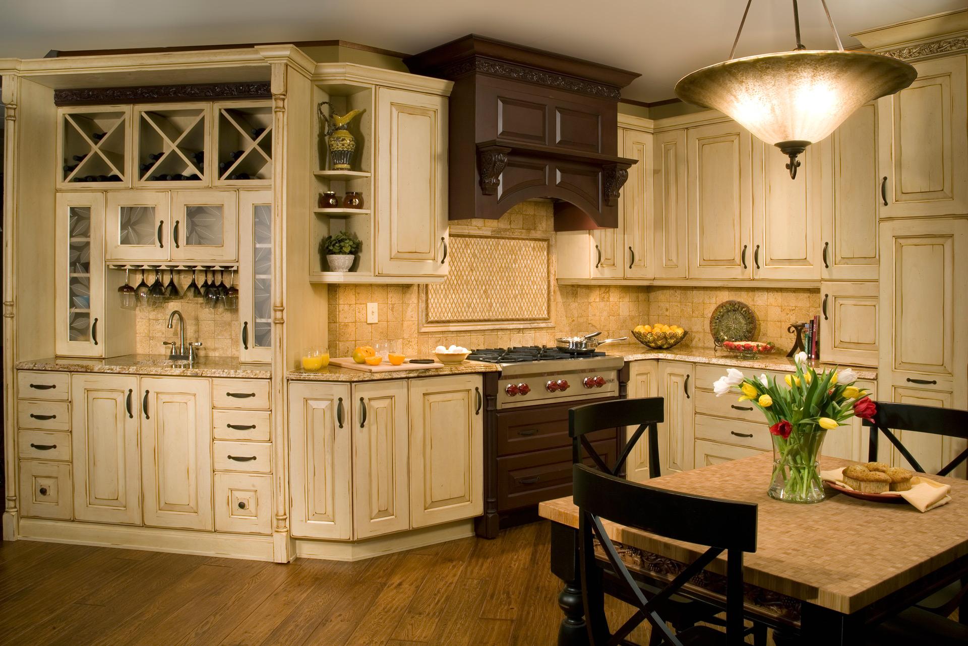 Kitchen17_sm.jpg
