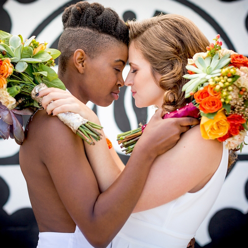 STYLED SHOOT: SAME SEX BICYCLE THEMED WEDDING