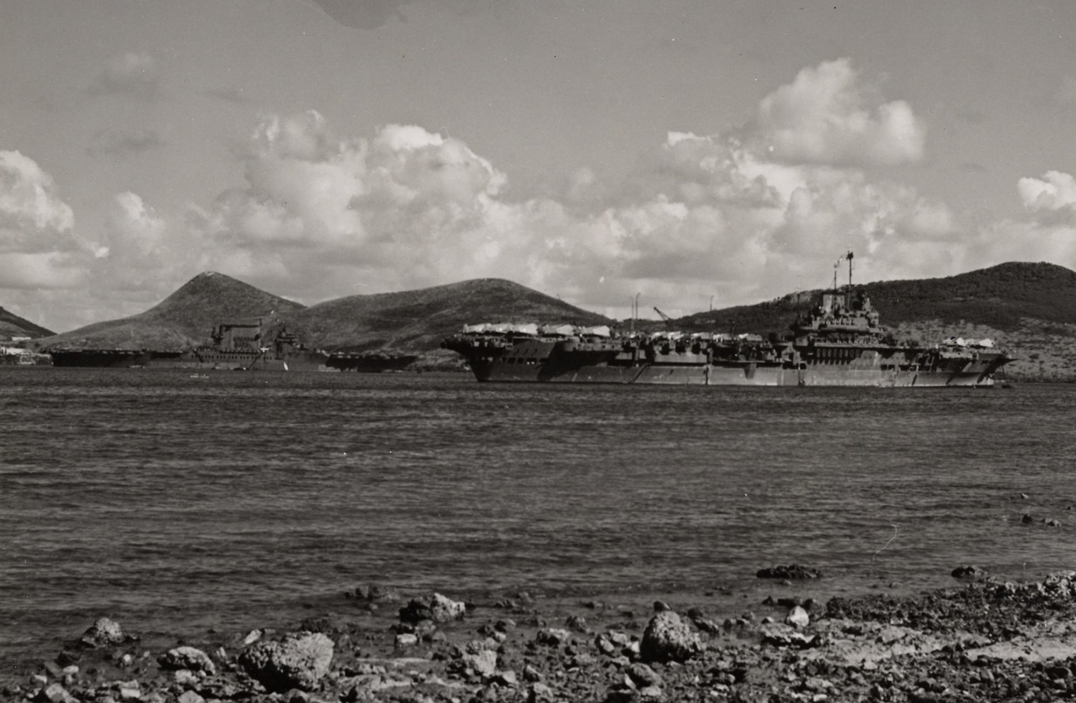 USS SARATOGA and 'USS ROBIN' - HMS VICTORIOUS - at Noumea, New Caledonia.