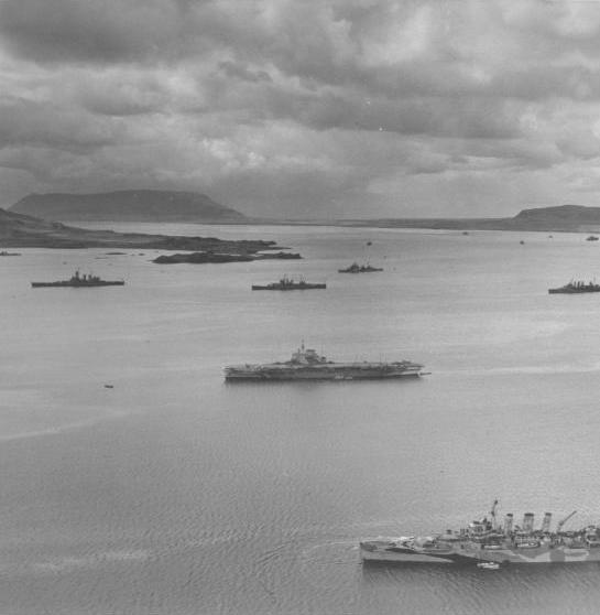 HMS VICTORIOUS. Among her consorts are the USS Washington and HMS Kent.