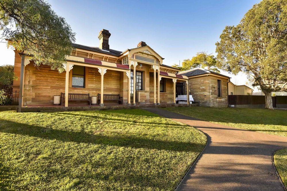 The Residences -  Centennial Park  150 guest cocktail 100 guest sit down 1300 85 90 25  team@gallivant.com.au