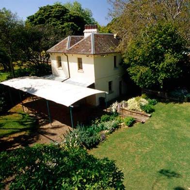 Lion Gate Lodge  - Botanic Gardens  180 guest cocktail 80 guest sit down 02 9231 8111  events@rbgsyd.nsw.gov.au