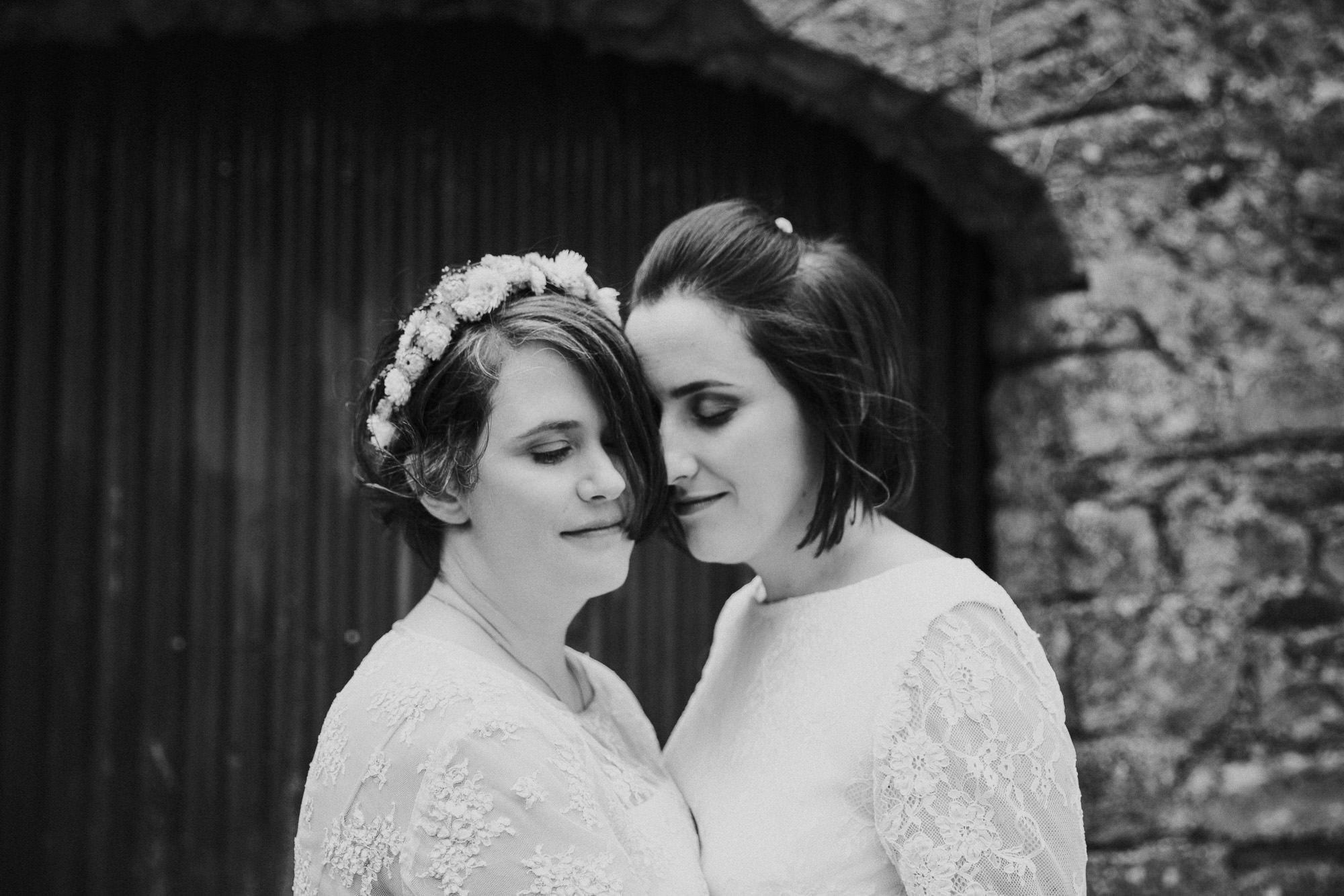 CLAIREBYRNEPHOTOGRAPHY-WEDDING-Ireland-cloncody-alternative-fun-Jen-Helena-17.jpg