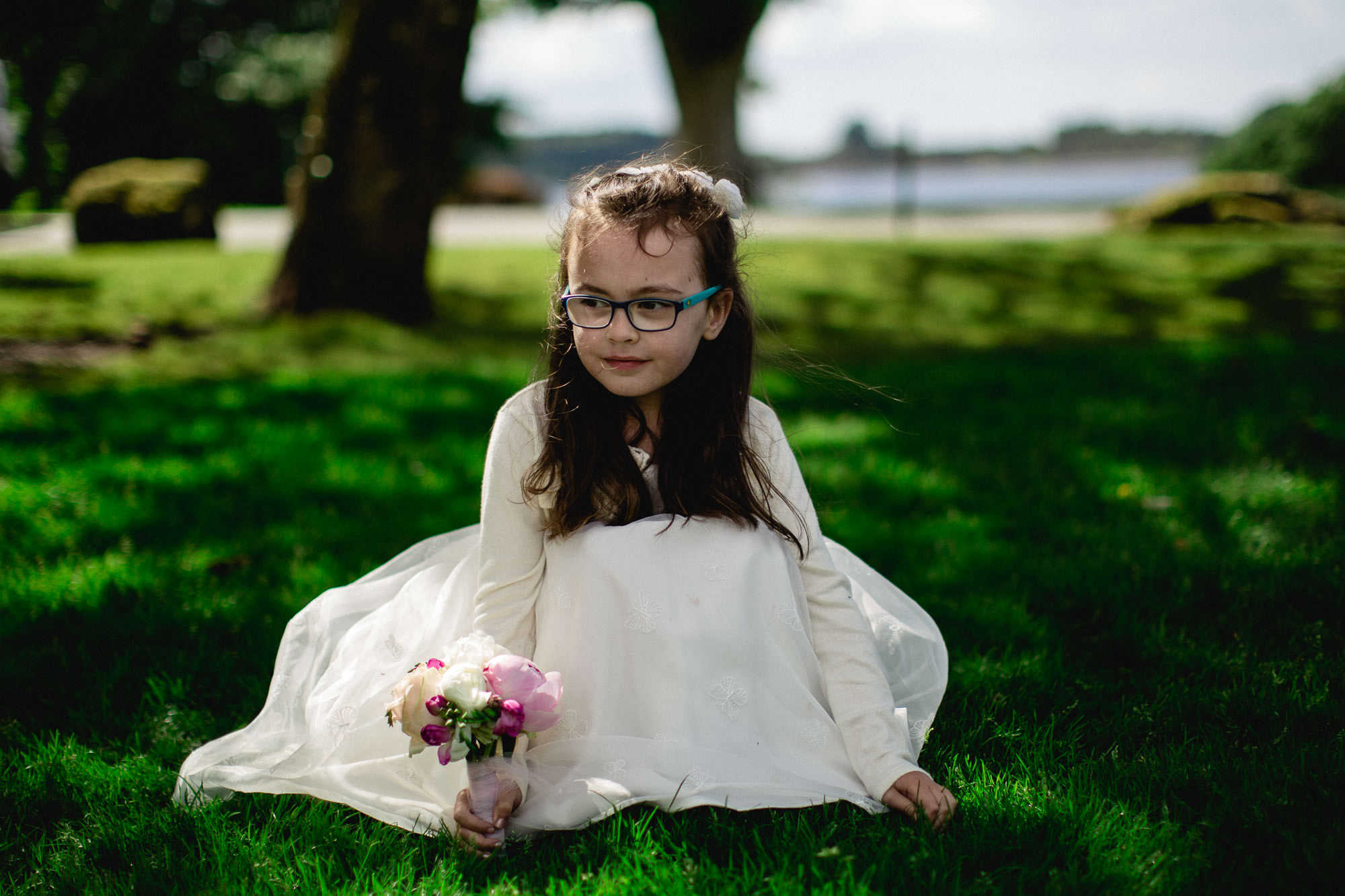 CLAIREBYRNEPHOTOGRAPHY-WEDDING-Ireland-tulffaris-alternative-fun-Lisa-terry-22.jpg