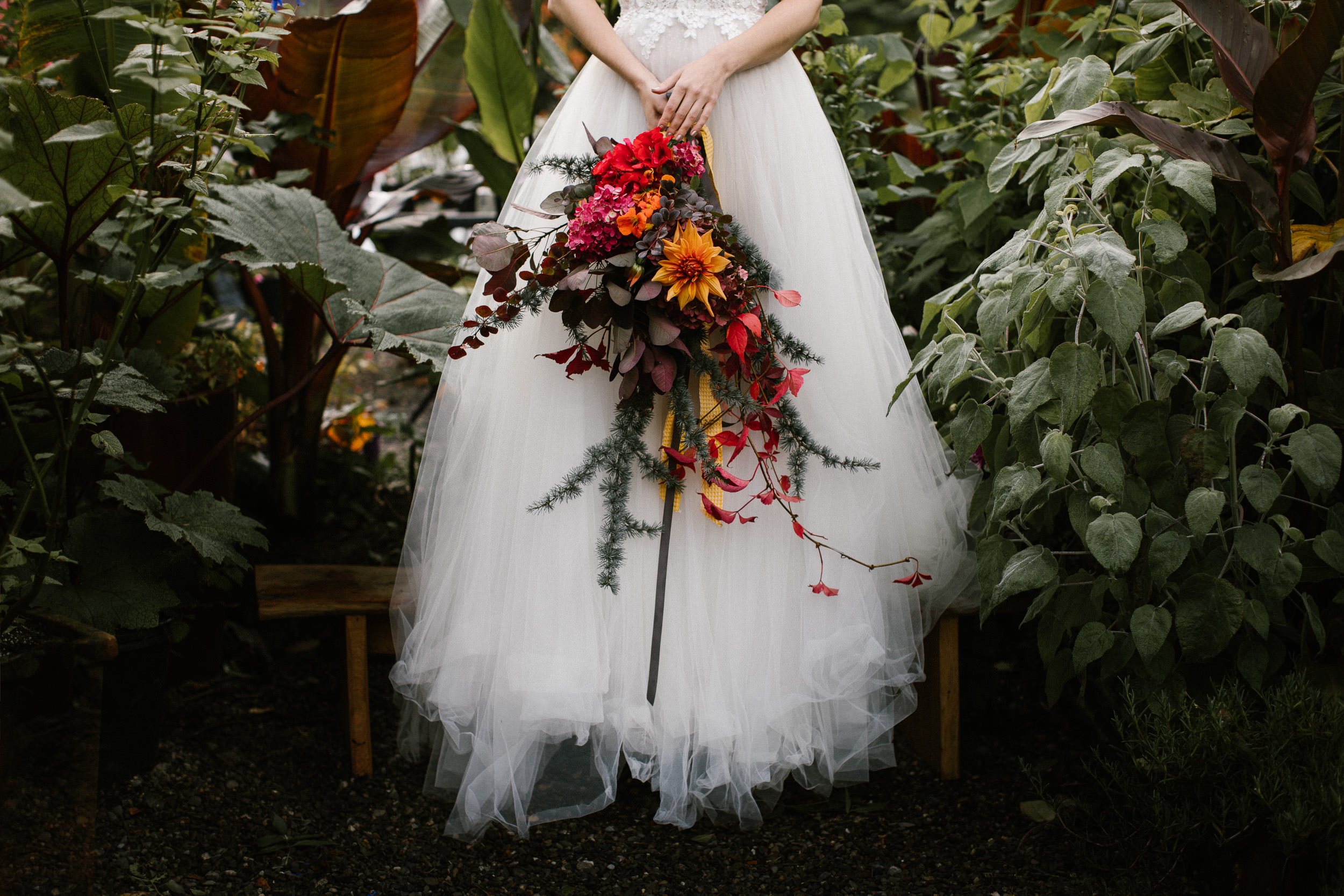 clairebyrnephotography-styled-shoot-huntingbrook-gardens-inspiration-weddings-woods-forest-7.jpg