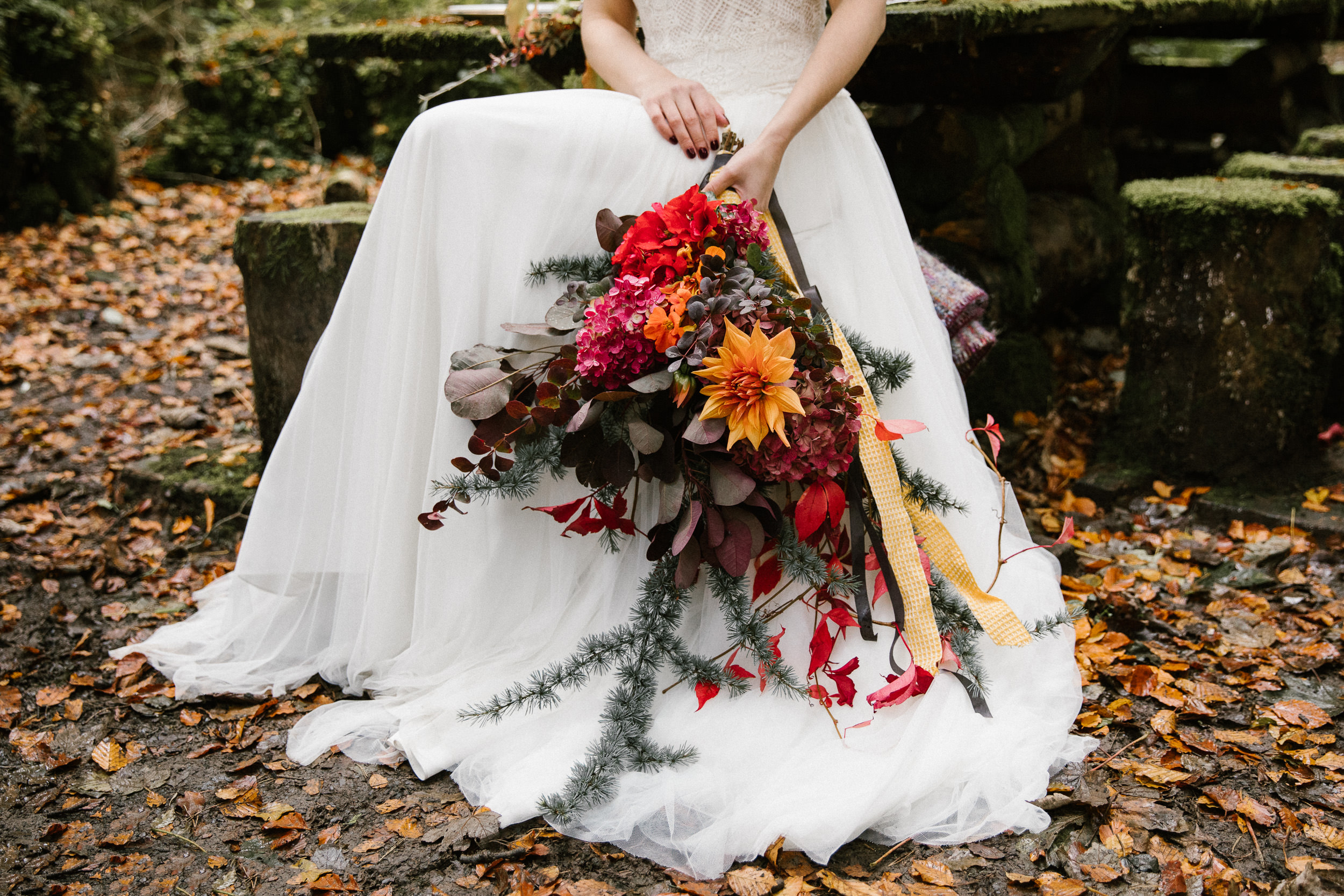 clairebyrnephotography-styled-shoot-huntingbrook-gardens-inspiration-weddings-woods-forest-42.jpg
