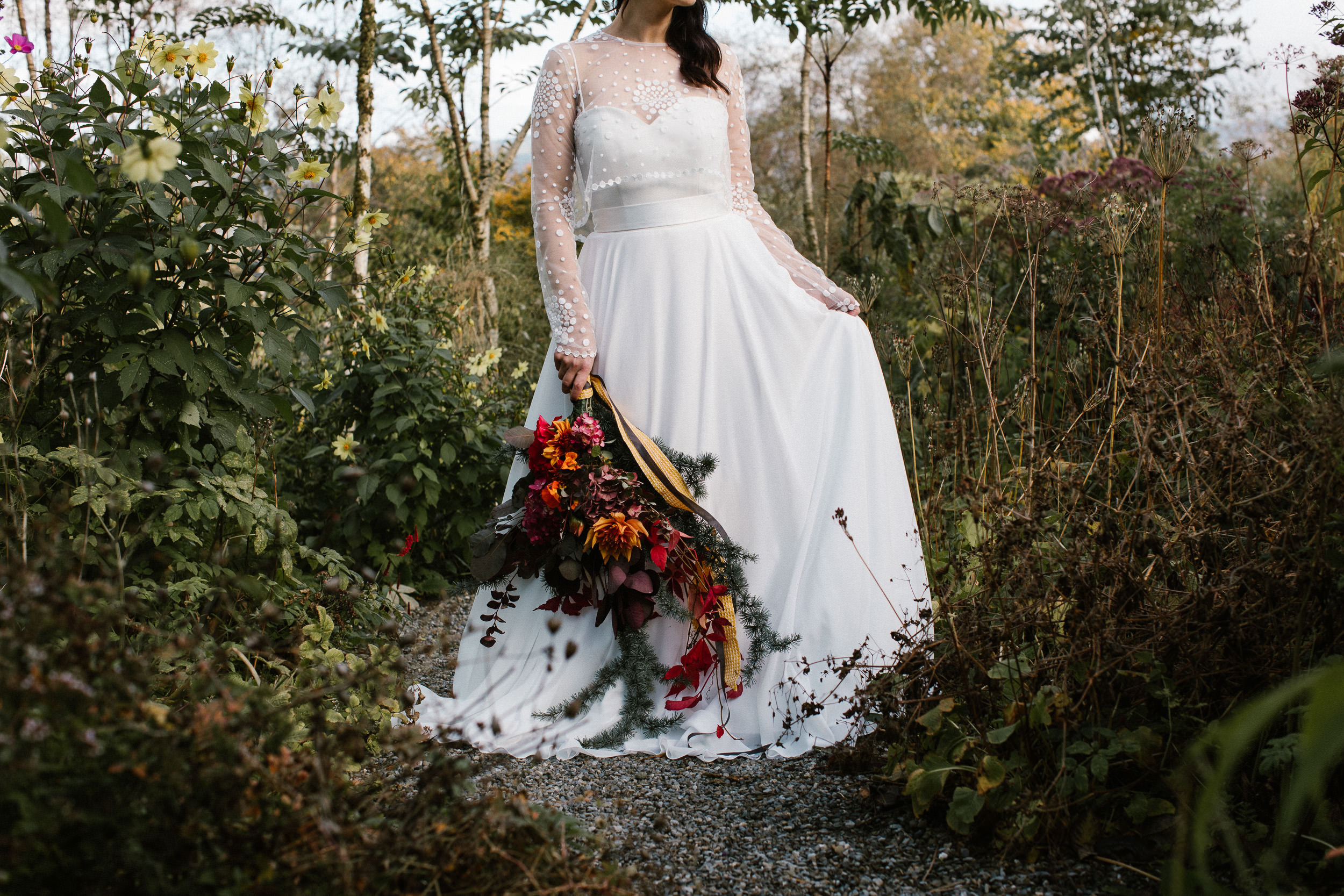 clairebyrnephotography-styled-shoot-huntingbrook-gardens-inspiration-weddings-woods-forest-84.jpg