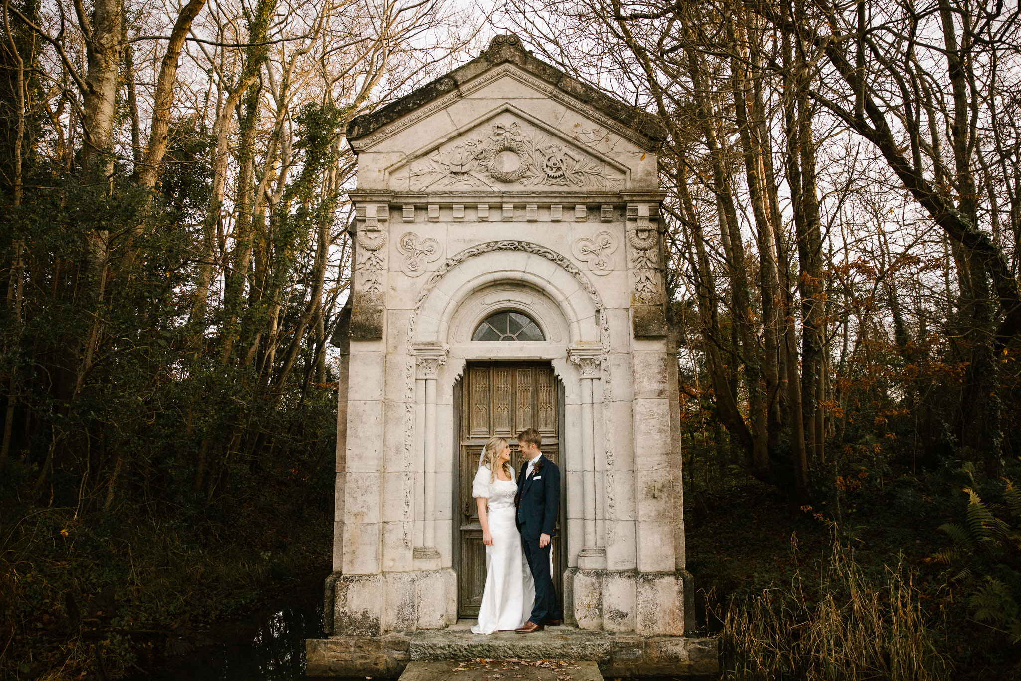 clairebyrnephotography-wedding-cliff-lyons-sparklers-christmas-clara-john-11.jpg