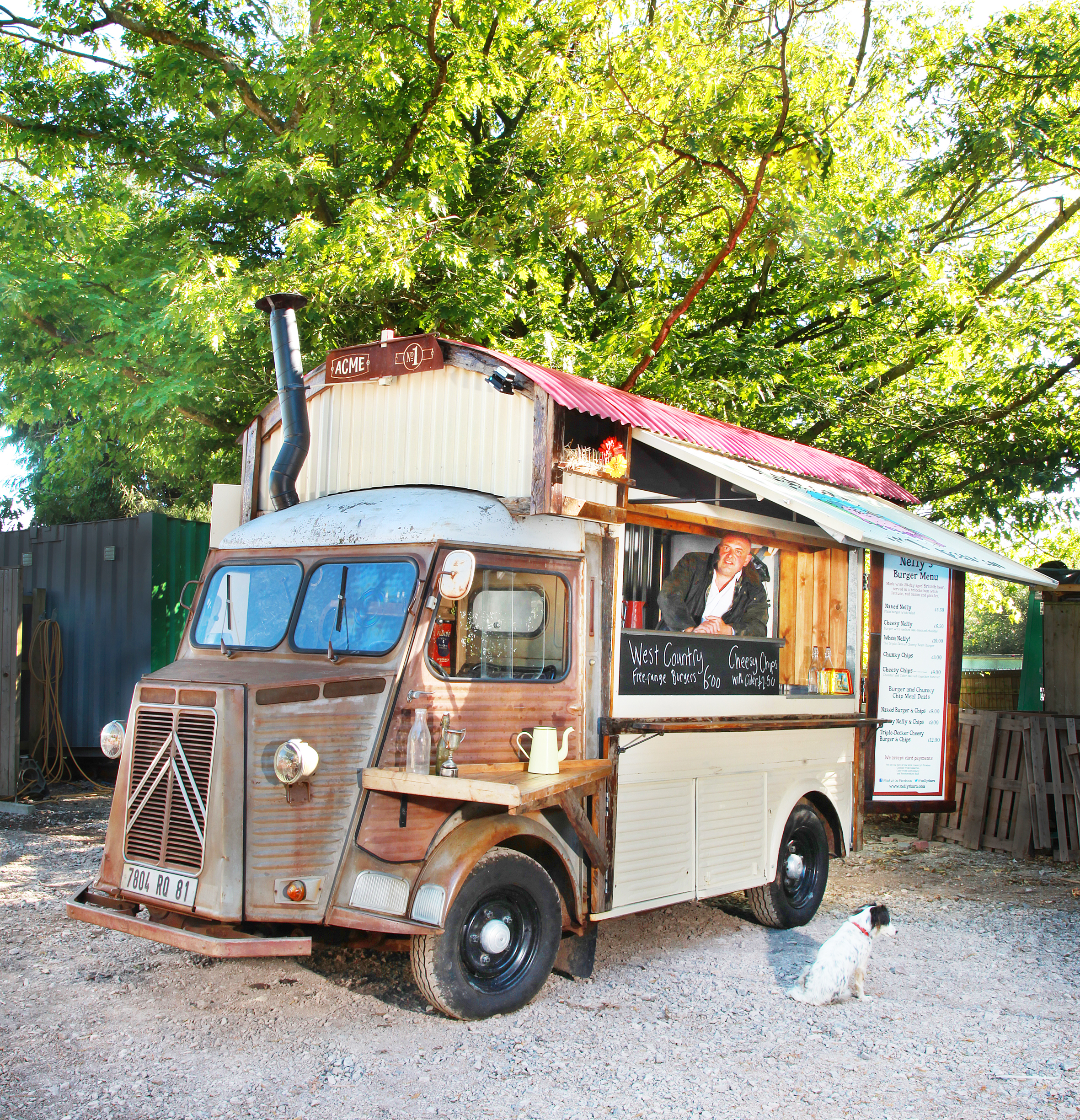 Ben Mills has a great creative talent with food and vans, with this lovely Festival and Street Food pimp called Nelly's Barn. Vote for it in the up and coming Street Food awards please, it's fab.