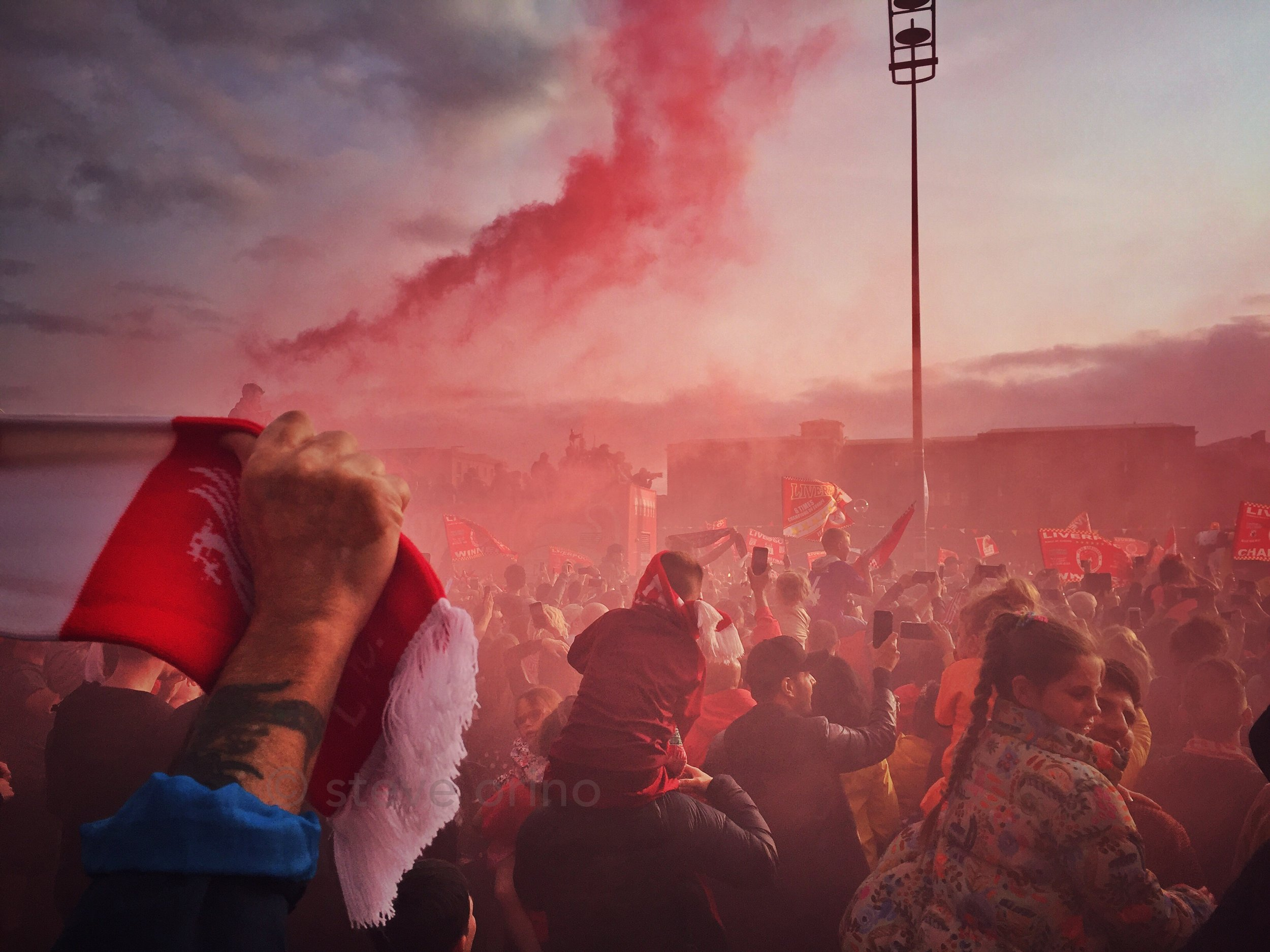 Liverpool reds.JPG