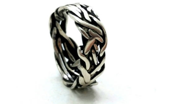 BOUND SERIES RING