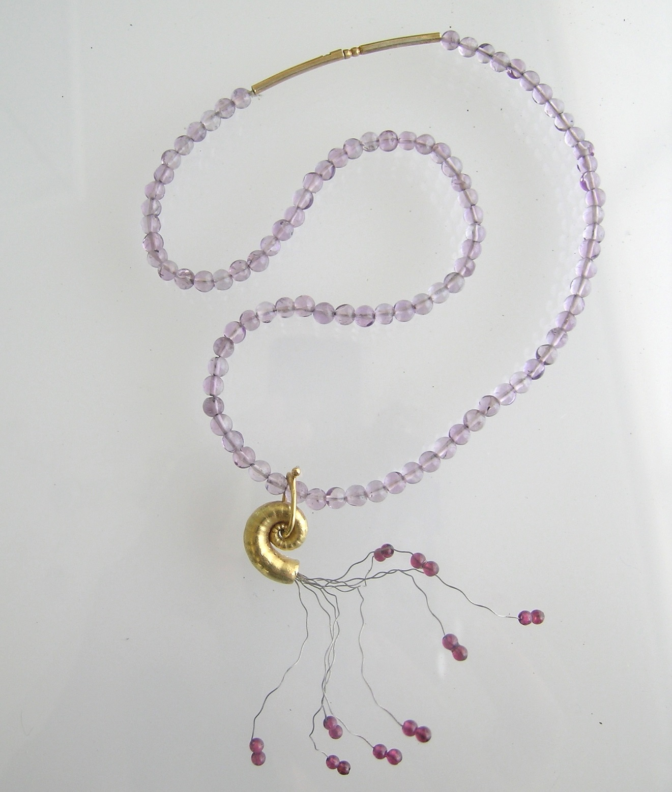 AMETHYST AND SPIRULA SEASHORE PENDANT