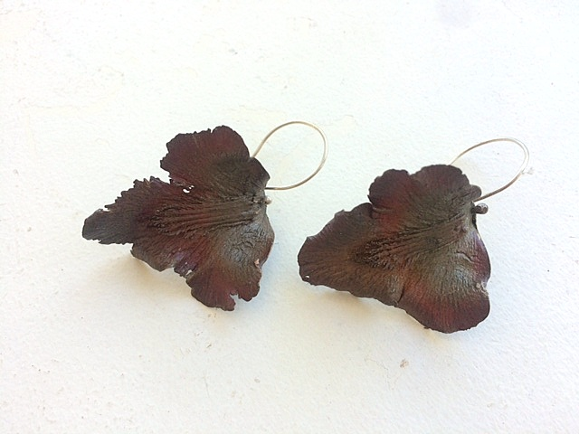 BLACK LABELLUM ORCHID EARRINGS