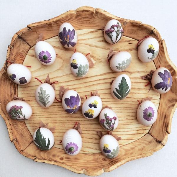 naturally dyed easter eggs-004.JPG