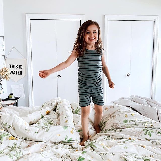 That fresh on summer break, happy to be in your comfies all day long kinda smile 🥰📷: @naomi_etcetera (via our lovely retailer @blackbearboutique)