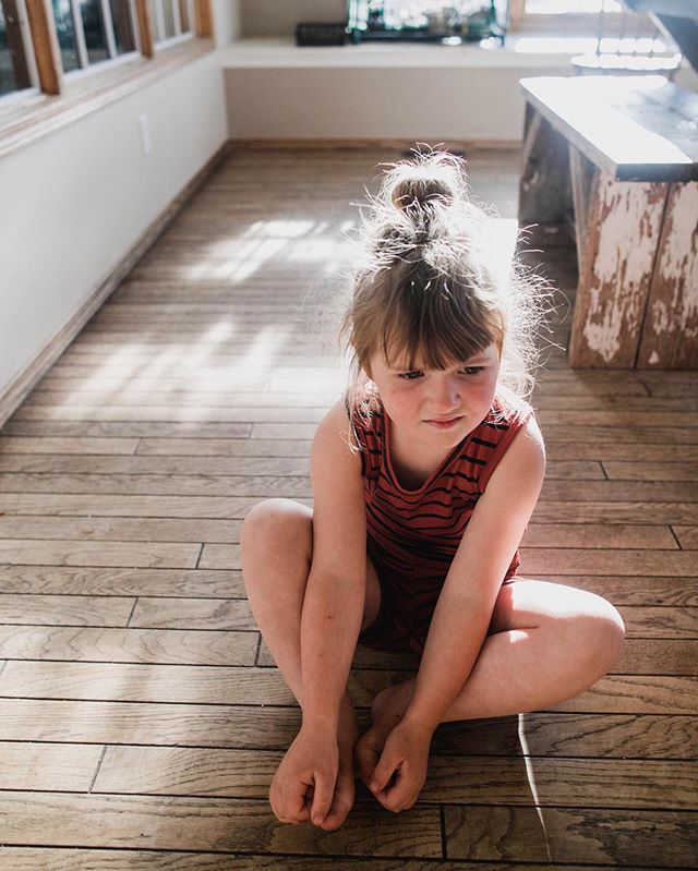 Learning the art of being still, uncomfortable for adults and kids alike! In our current days of constant distraction, it's easy to always be doing. But in these long days of summer, may we practice the beauty of just being- to allow stillness with our thoughts, and letting our dreams room to thrive✨. 📷: @thehobbsfarm