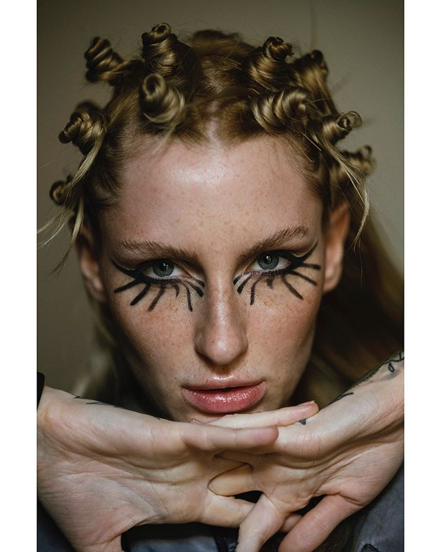 Spiky & knotty #test with @blackeyedblues @scatteredself , model , makeup & hair me . . . @marcjacobsbeauty @labelmuk  #hairstylist #makeupartist #spikyhair #graphicmakeup #makeuptest #beautyphotography #freckles #portraitphotography