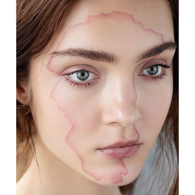 Soft illusions #beauty on @ksenia.zheleznova , photography @elodurand , makeup & concept by me . . #creativebeauty #beautyeditorial #beautyphotography #makeupartist #makeupbarcelona