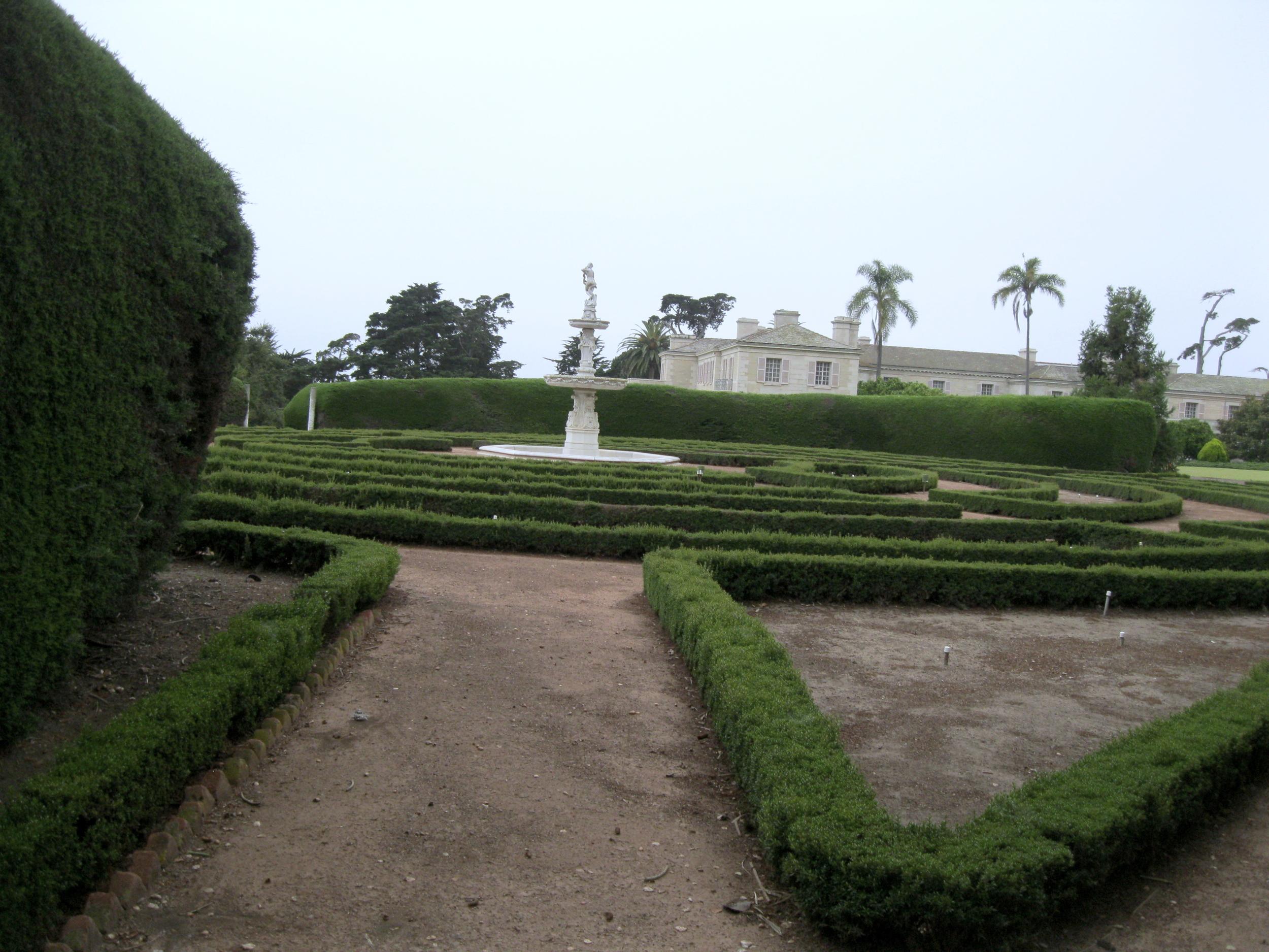 Estate of Huguette Clark from EmptyMansionsBook.com