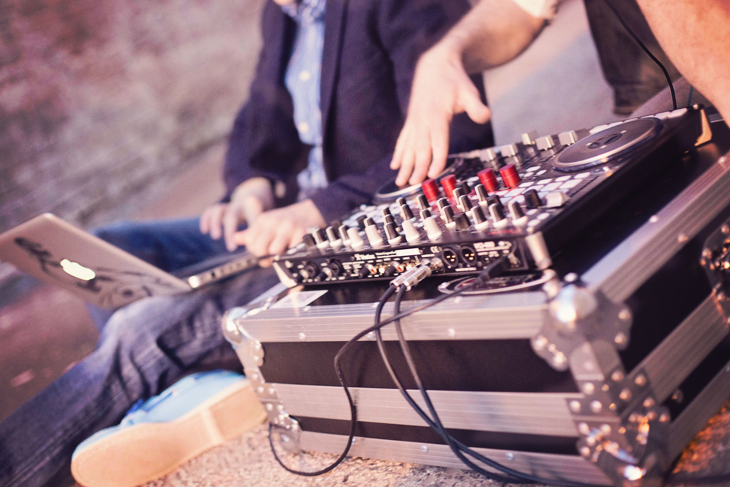 Disc Jockey, Mixboard