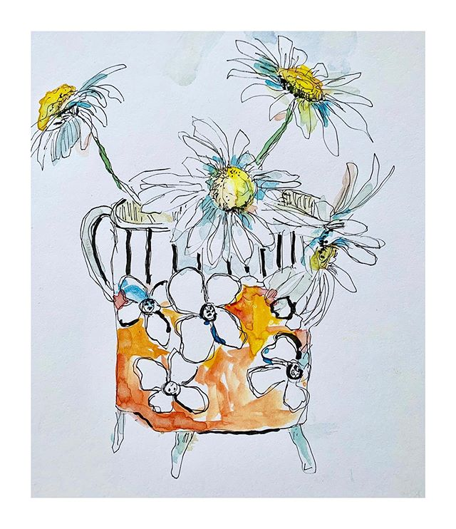 Doodling in my sketchbook this am- my new little vase🧡. Enjoy your weekend out there! #sketchbook #sketch_book #watercolor_art #watercolorsketches #penandwash #loosesketches #micronart #microndrawing#flowerart #floralillustration #illustrations#daisies🌼 #floralart#floralwatercolorpainting #loosefloralpainting #dailypaintings #originalartwork #artforthehome #multitasking #paintfromlife#stilllifepainting#stilllifepaintings #stilllifepainter#staycool