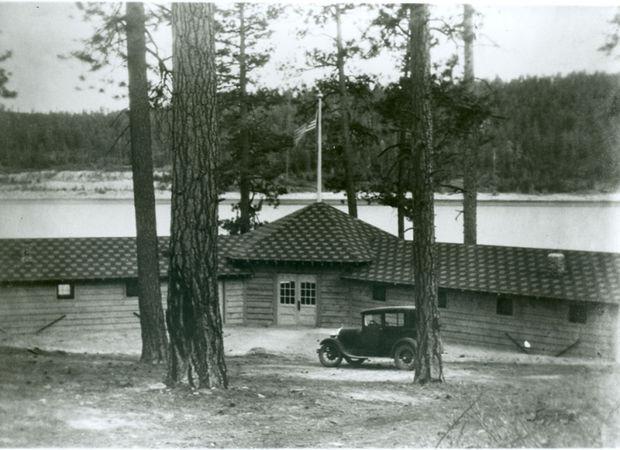 Hayward Lodge, Lake Como