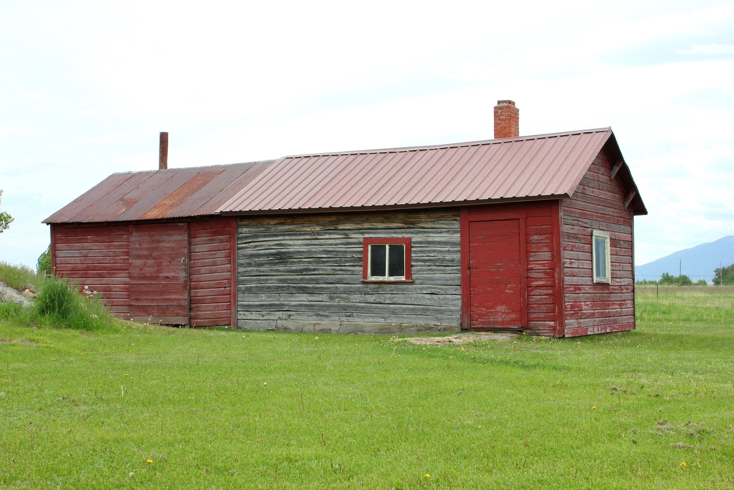 The Kero sauna is a classic and well preserved example of this building type, often found on Finnish homesteads.