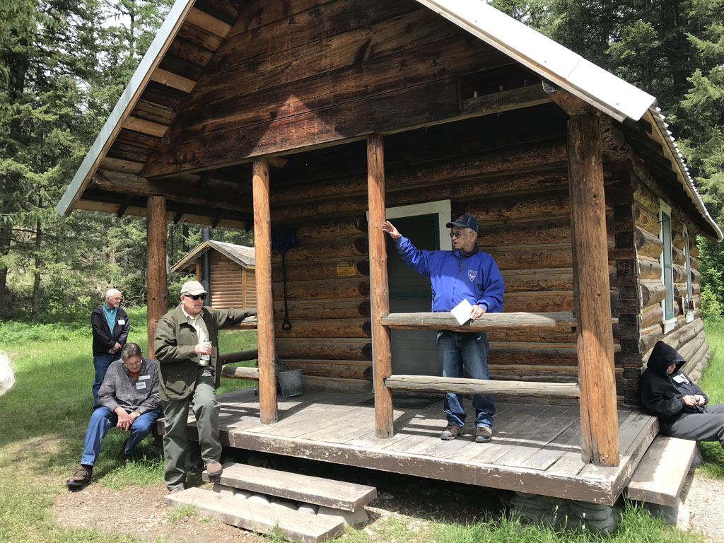 We were very lucky to have Larry Wilson, the King of the North Fork, along on our North Fork trip. The cabin was built in 1922 by Ralph Thayer and was part of the Ford Ranger Station. It's now part of the recreation rental program of the Forest Service and can be reserved at www.recreation.gov.