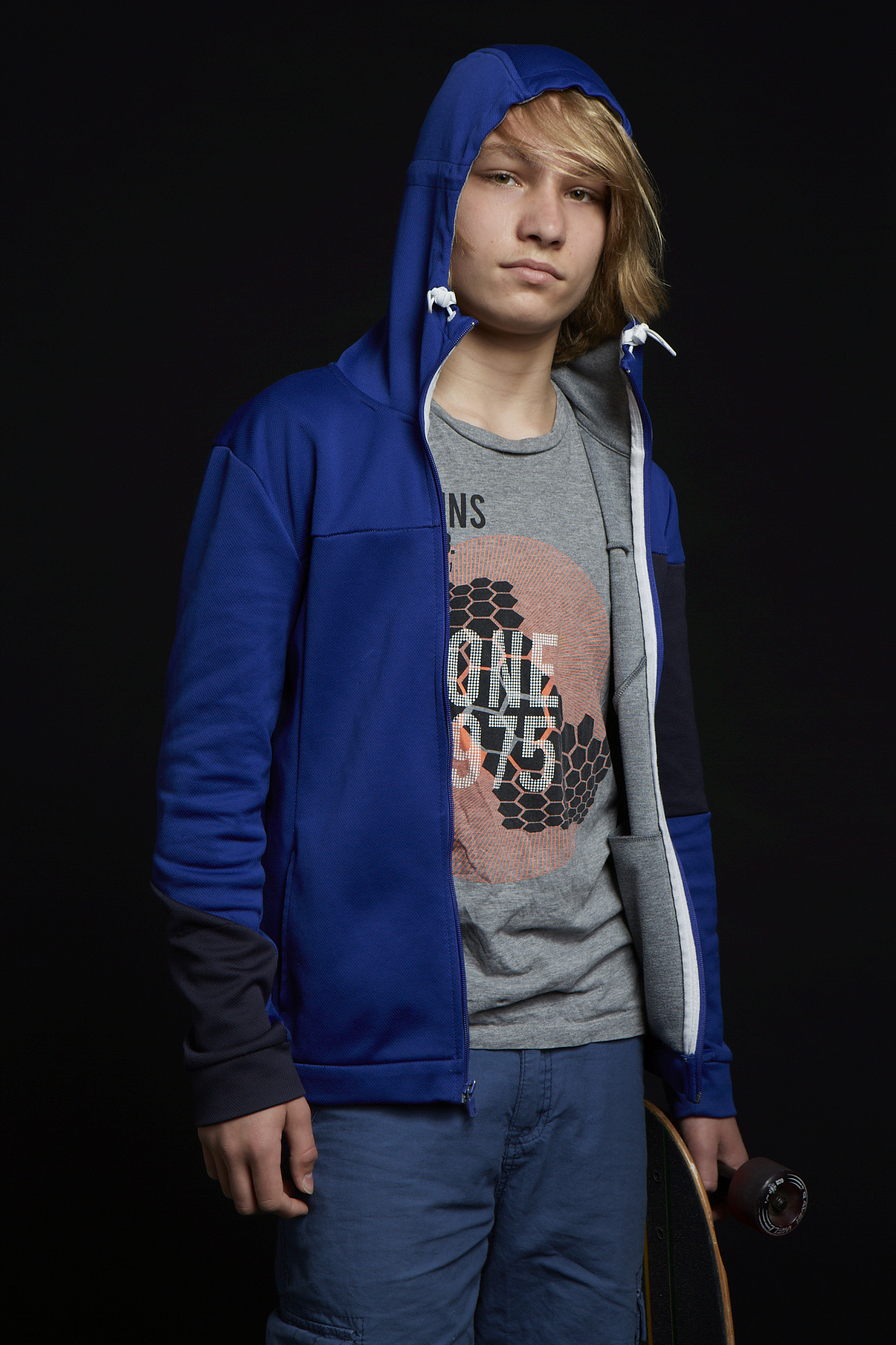 Grant Riordon as Boy
