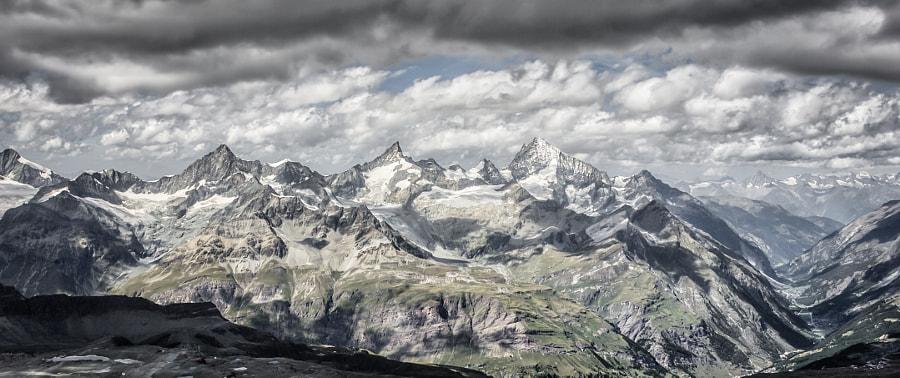 """Matterhorns """"little"""" neighbours"""