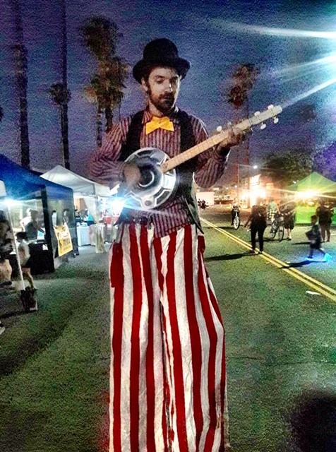 Stilted Banjo Player.jpg
