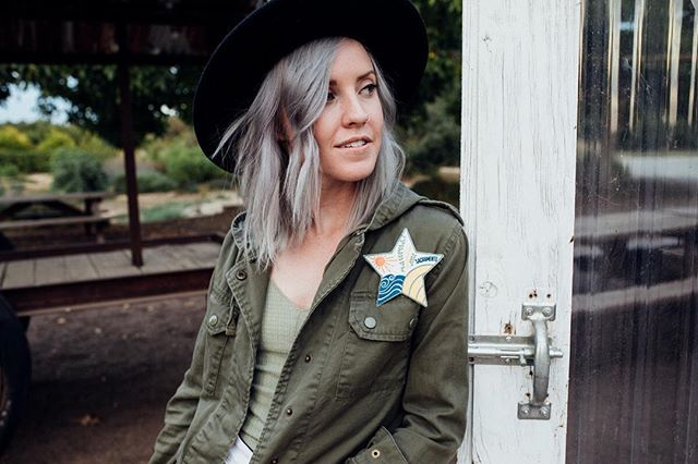 I love the Sacramento Star patch!! @humanipilates has created these super cute Sacramento inspired patches and 100% of the proceeds will be benefiting @landbasedlearning!  Pick yours up at @displaycalifornia , @themillsacramento @publiclandstore or at @humanipilates  Design - @happarabbit  Model - @colourmeclassic 📷- @christinethephotographer  #sacfarm2fork #visitsacramento #loveyourcity916 #saclovepatches #cagrown #camilia