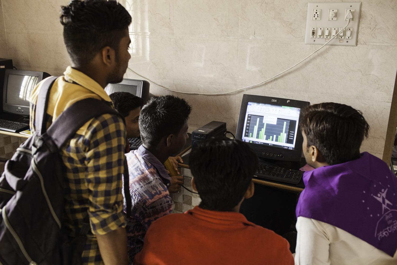 AdrianFisk+NGOPhotographer+IndianPhotographer+CharityPhotographer-29.jpg