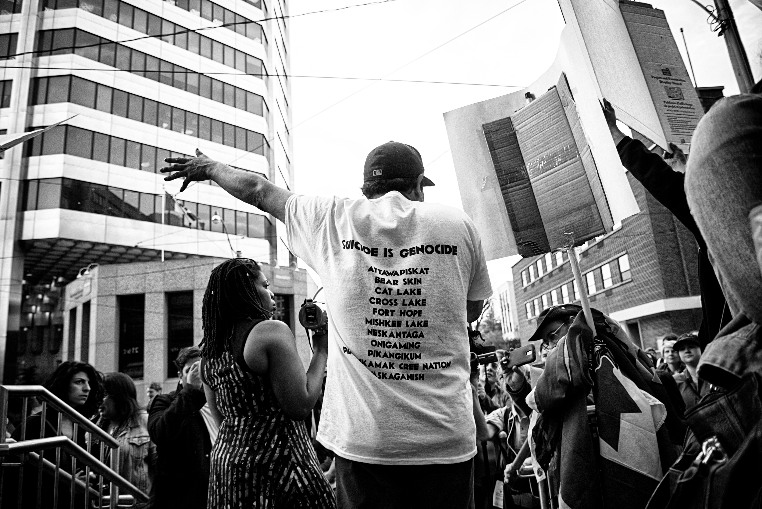 INAC protest photos April18 (3 of 5).jpg