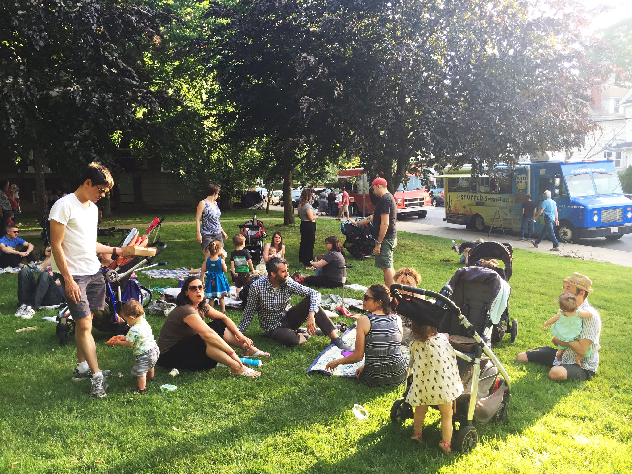 Somerville StrEATs  Tuesdays 4p-8p  Chill in the park in Somerville and grab some eats from us or a couple of our food truck friends,  Papi's Stuffed Sopapillas  and  Frozen Hoagies .