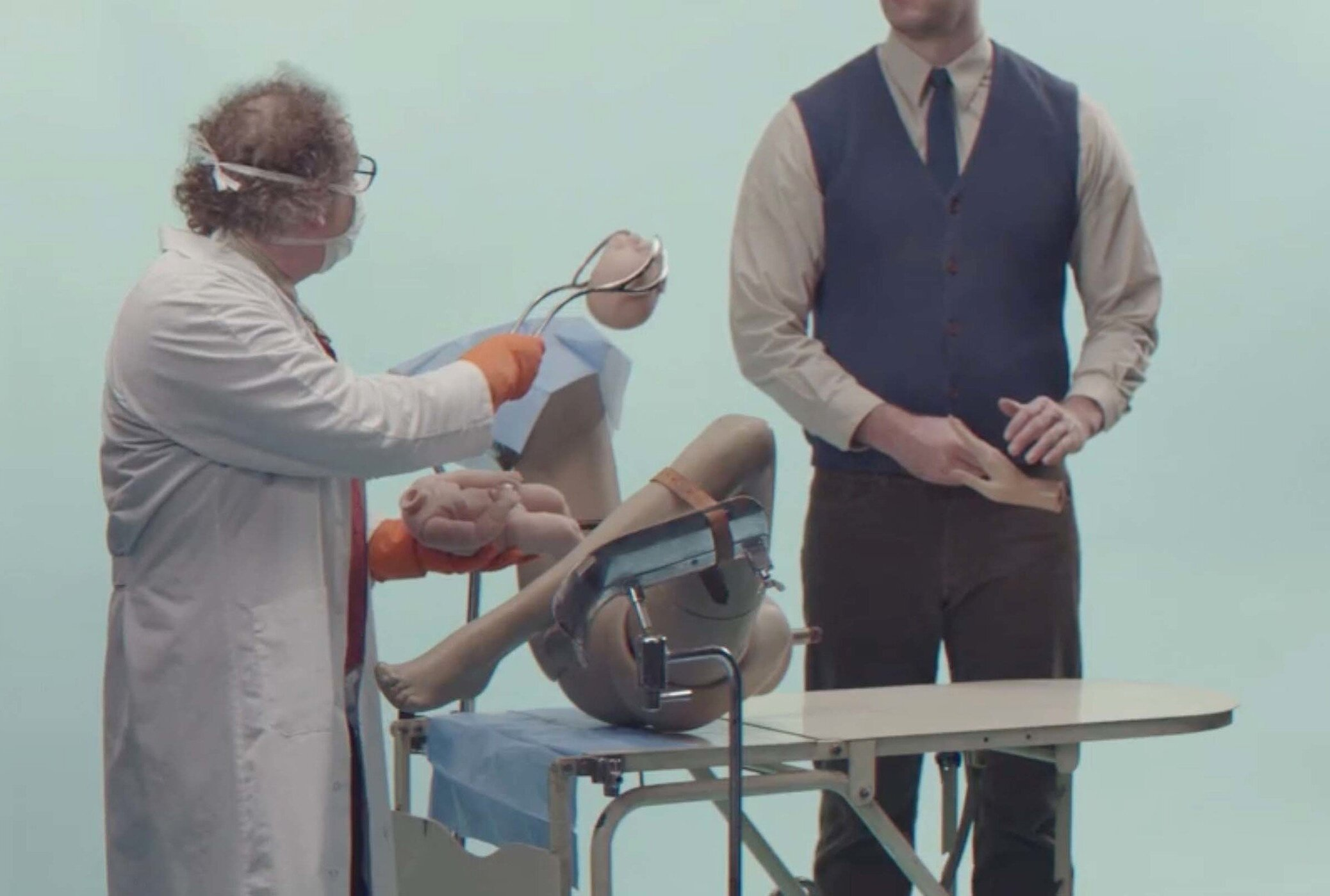 Greatest 💭Inventions - Which Belgian invention is the greatest of all time?We created 4 unfair tests to find out. And filmed the results. TV commercials for Radio 1 - Mortierbrigade 2014