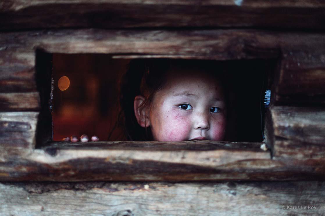 Girl from Khövsgöl lake /  Petite fille du lac Khövsgöl   | MONGOLIA