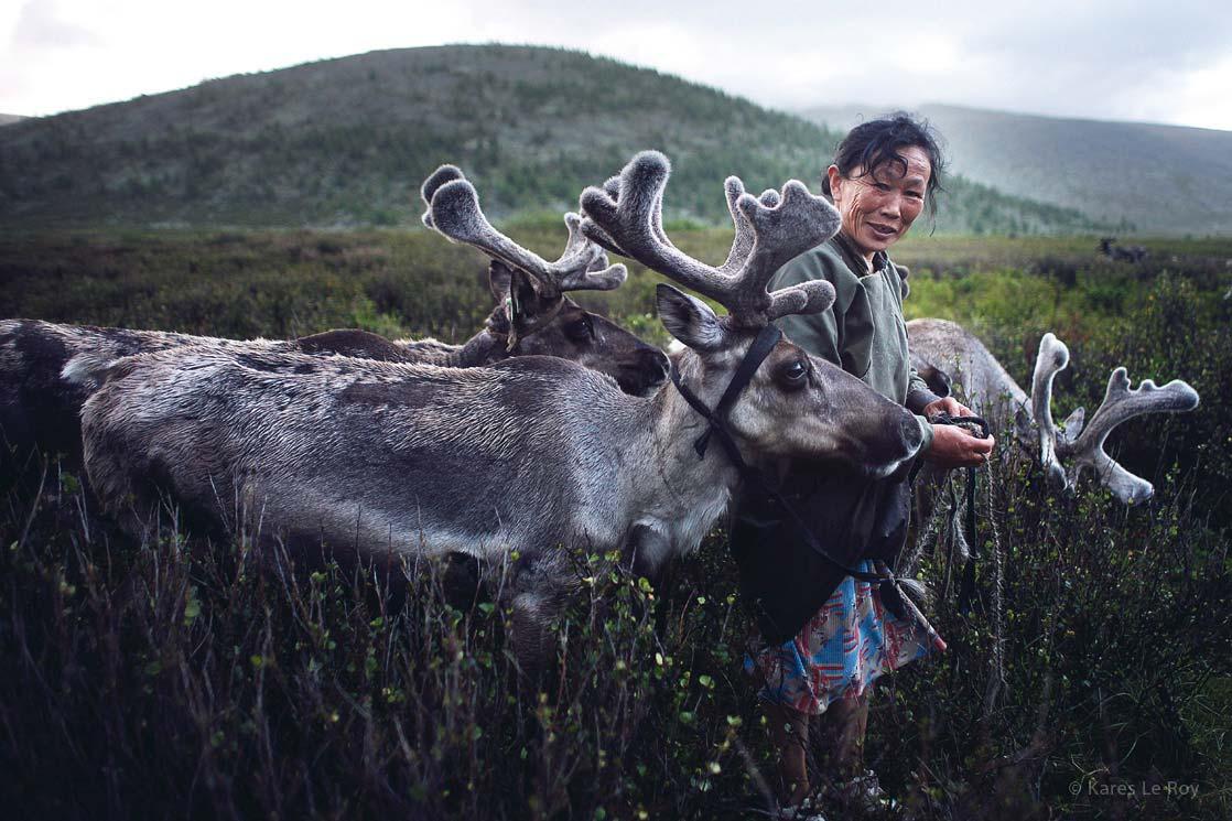 Woman of Tsaatan tribe /  Femme de la tribu Tsaatan   | MONGOLIA