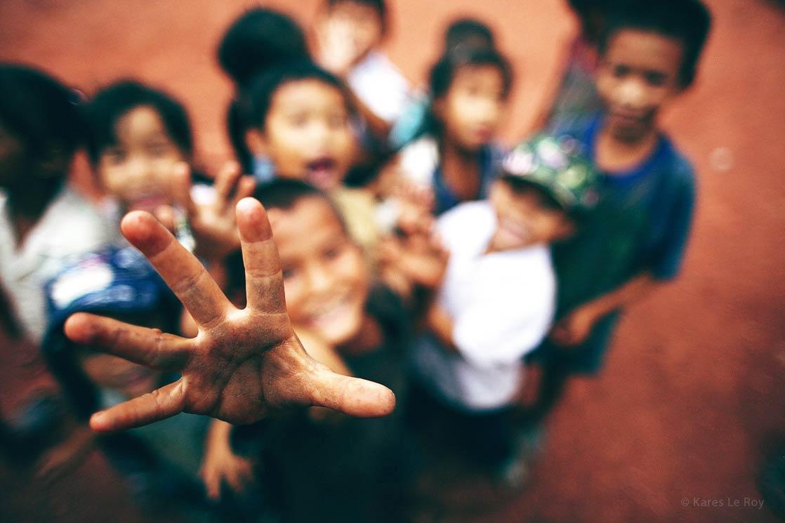 Luang Prabang children  /  Enfants de   Louang Phrabang    | LAOS