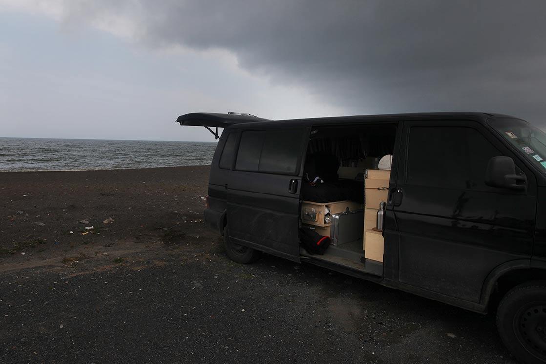 All Black everything : Sky, water, sand, car... | TURKEY
