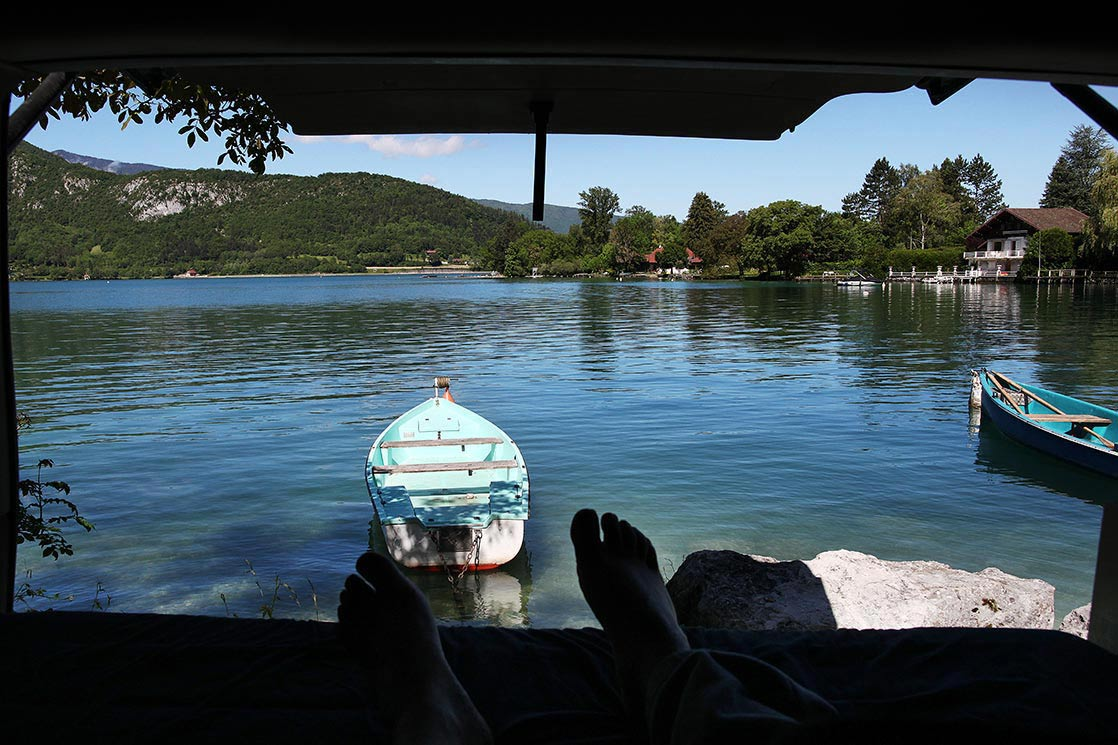 First wake up front of  Annecy  lake FRANCE