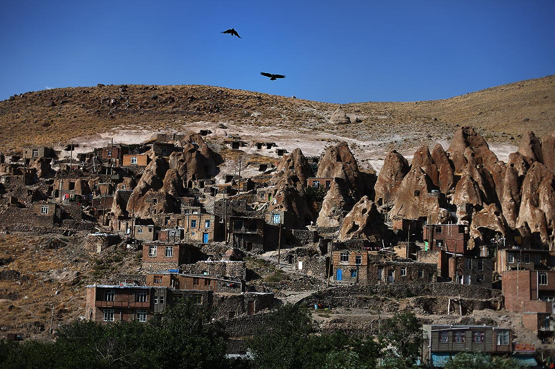 A view of  Kandovan  rock houses | IRAN