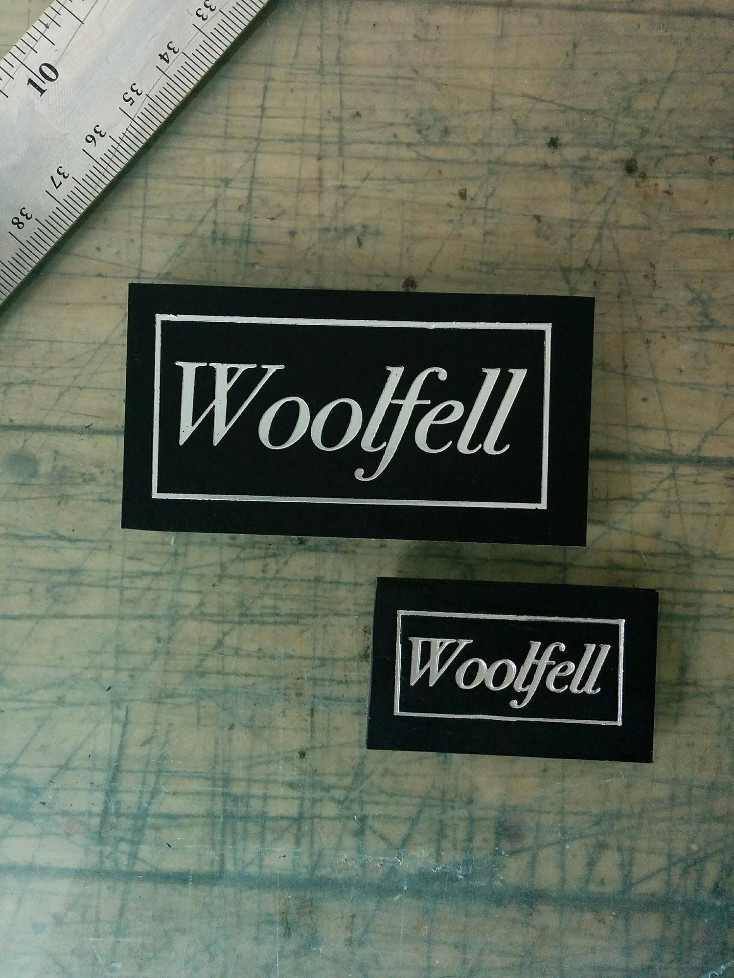 plaque-woolfell.jpg