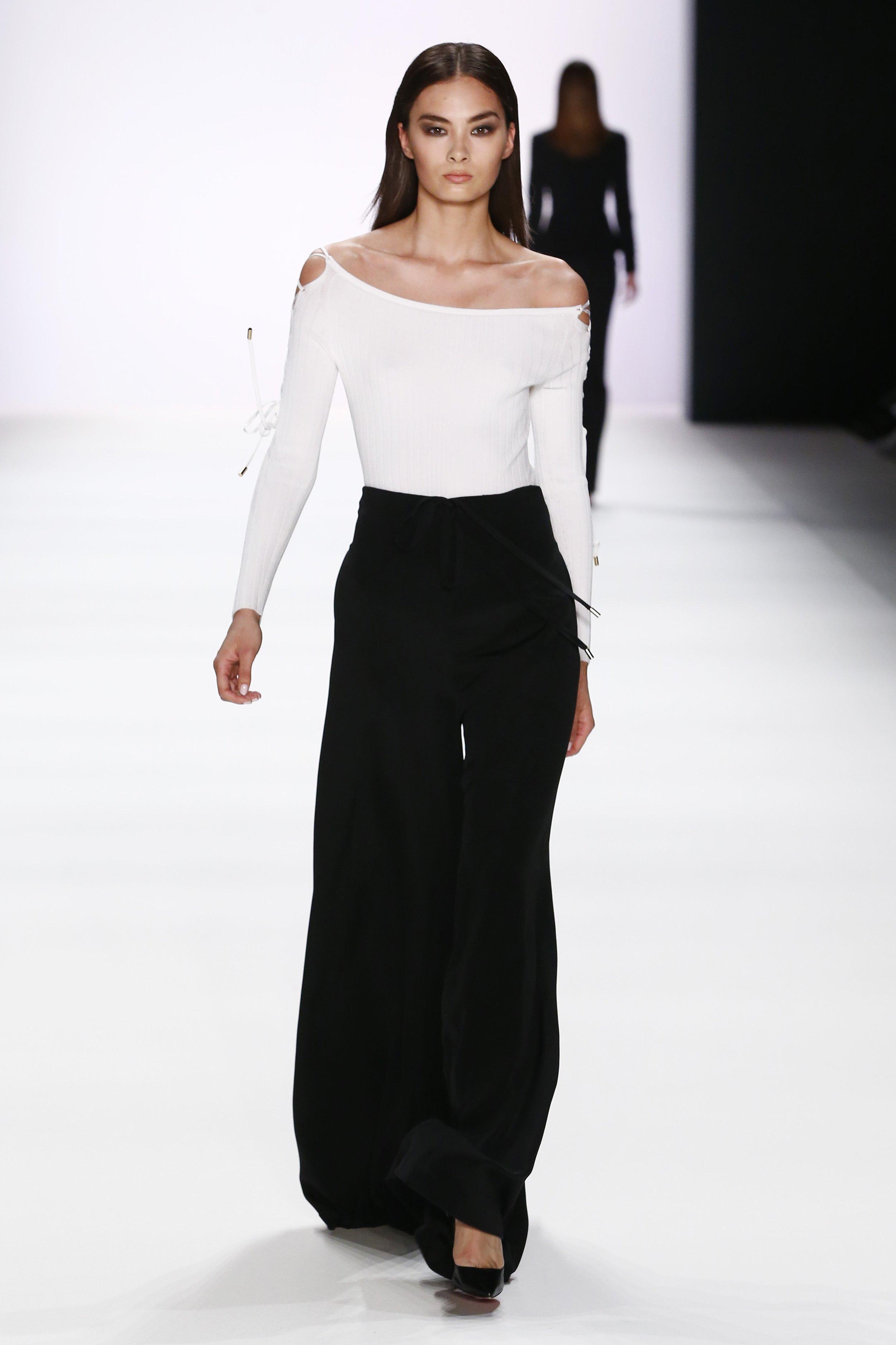 ss-2017_fashion-week-berlin_DE_0004_cushnie-et-ochs_66988.jpg