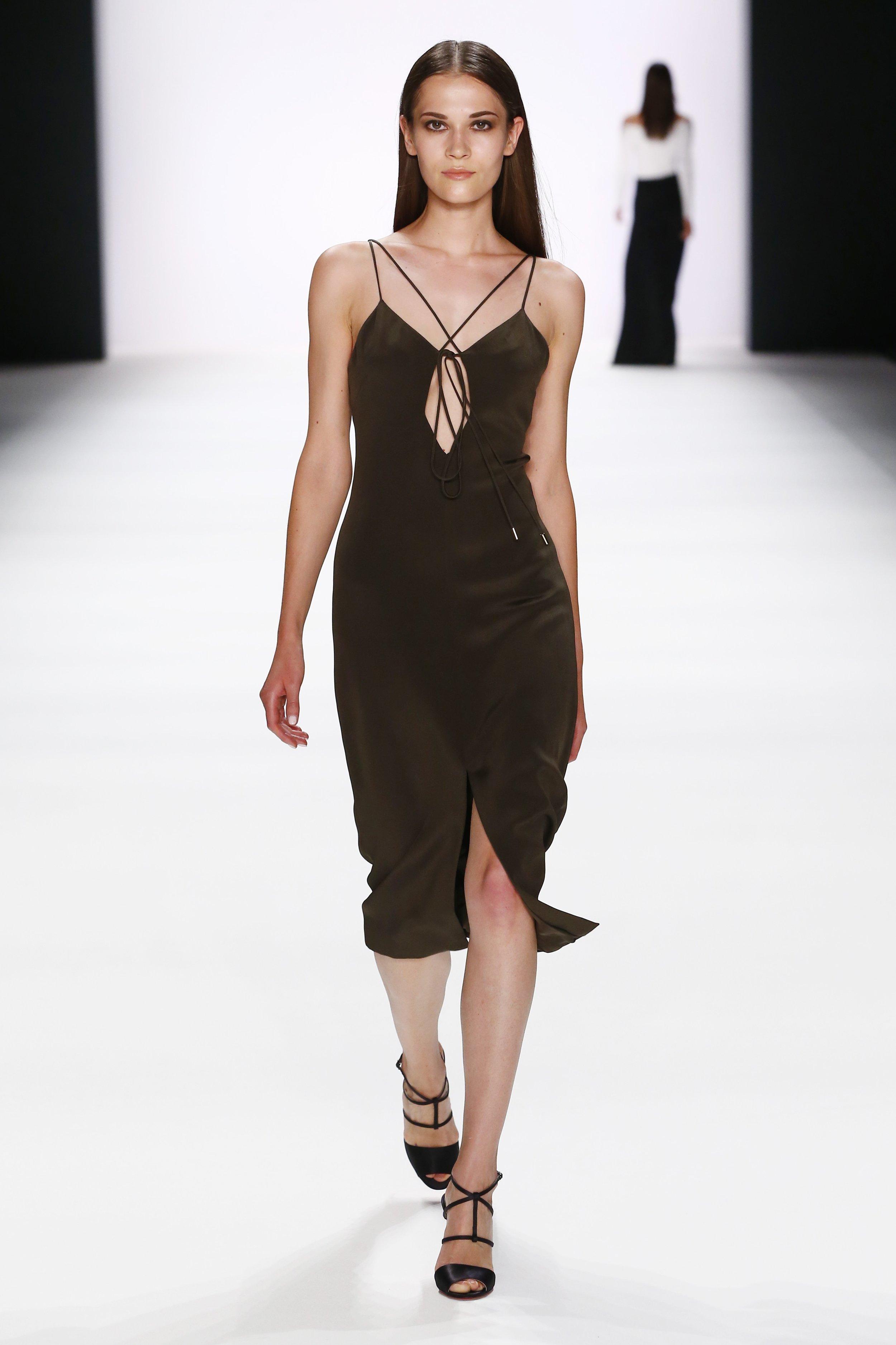 ss-2017_fashion-week-berlin_DE_0005_cushnie-et-ochs_66987.jpg