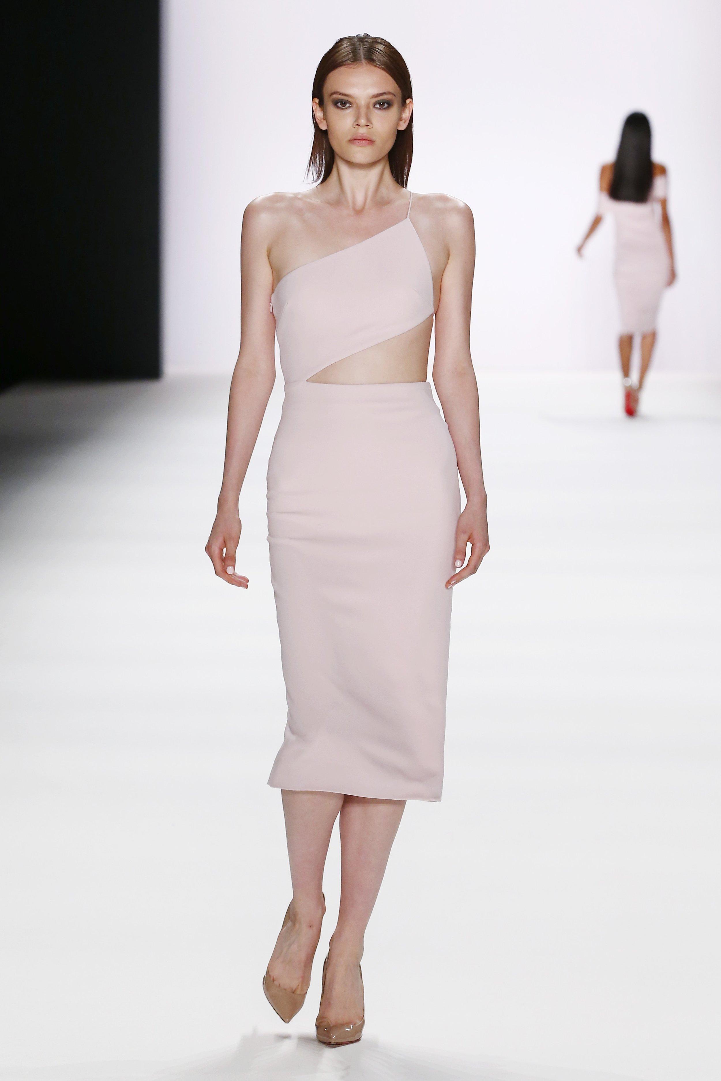 ss-2017_fashion-week-berlin_DE_0012_cushnie-et-ochs_66980.jpg