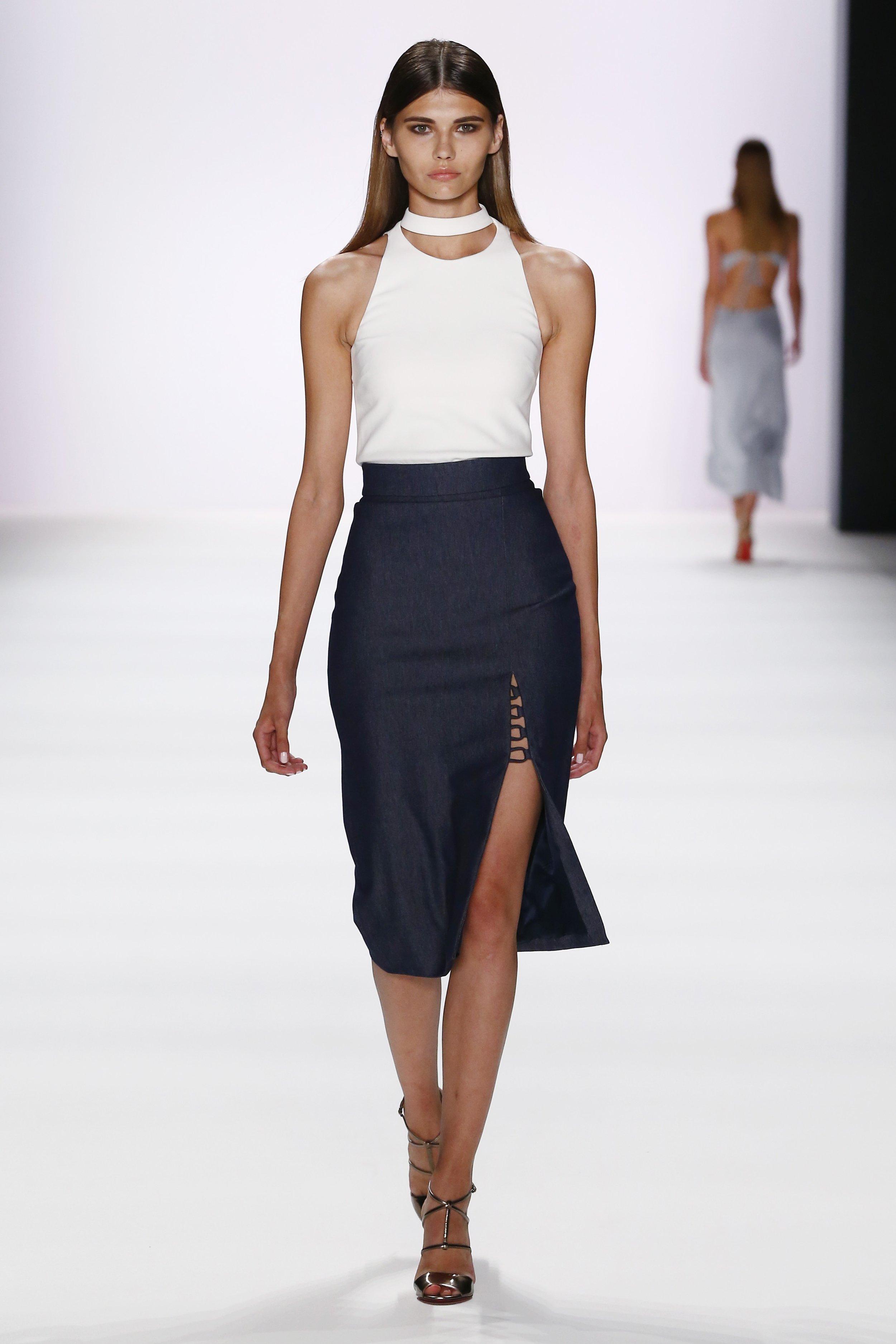 ss-2017_fashion-week-berlin_DE_0014_cushnie-et-ochs_66978.jpg