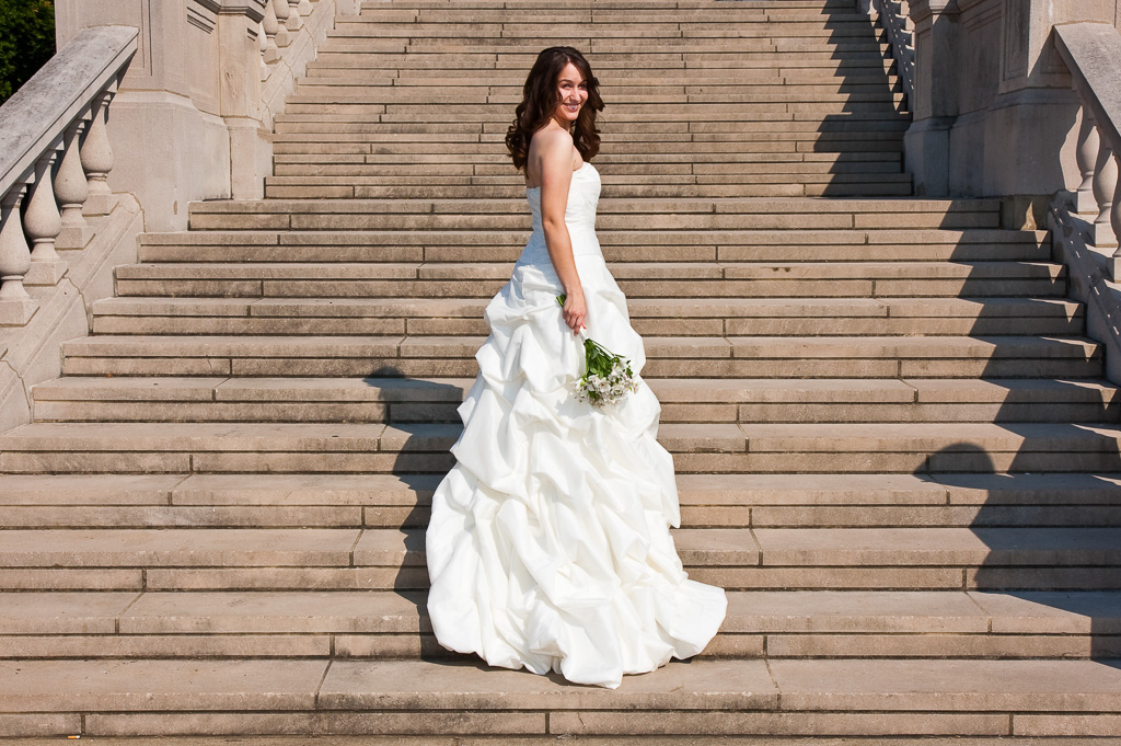 Photograph of a bride in Ault Park