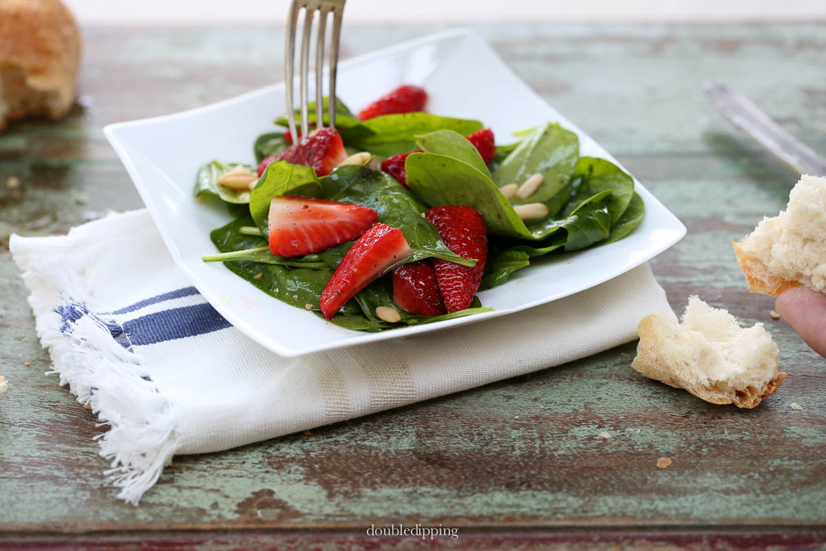 Spinach Salad with Strawberries and Pine Nuts